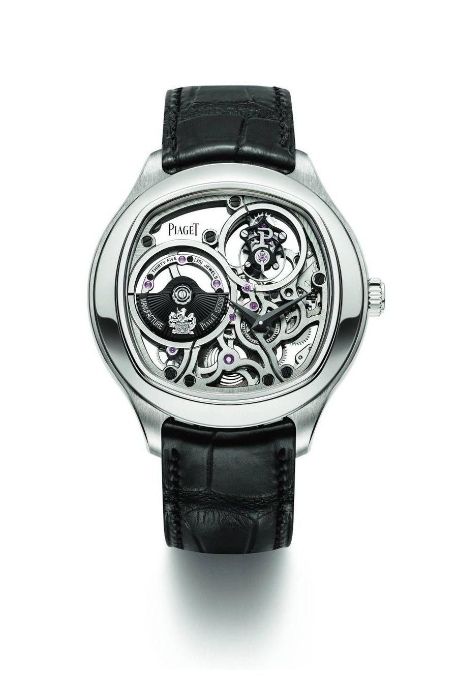 Emperador Coussinen or blanc, mouvement squelette automatique avec tourbillon. Piaget, 230 000 €.