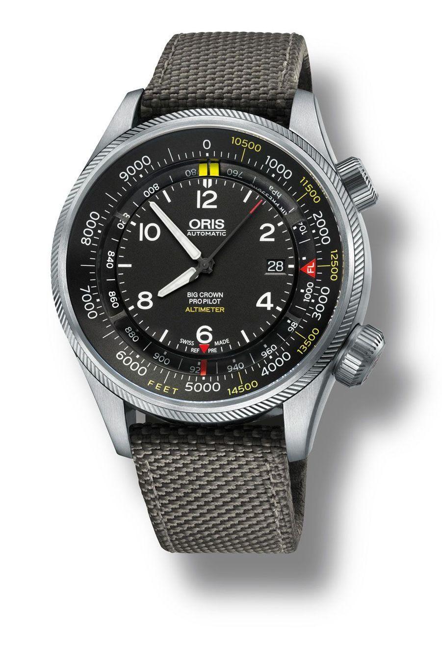 Big Crown ProPilot Altimeter. Boîte en acier, 47 mm de diamètre, mouvement automatique, bracelet en toile renforcée. 3 500 €. Oris.