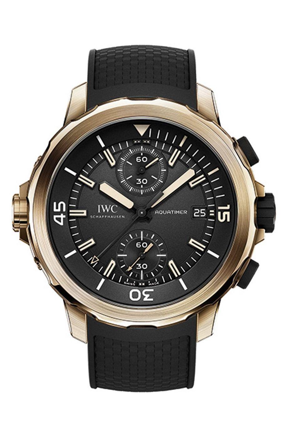 Chronographe Aquatimer en bronze, 44 mm de diamètre, mouvement automatique. IWC. 10500 €.