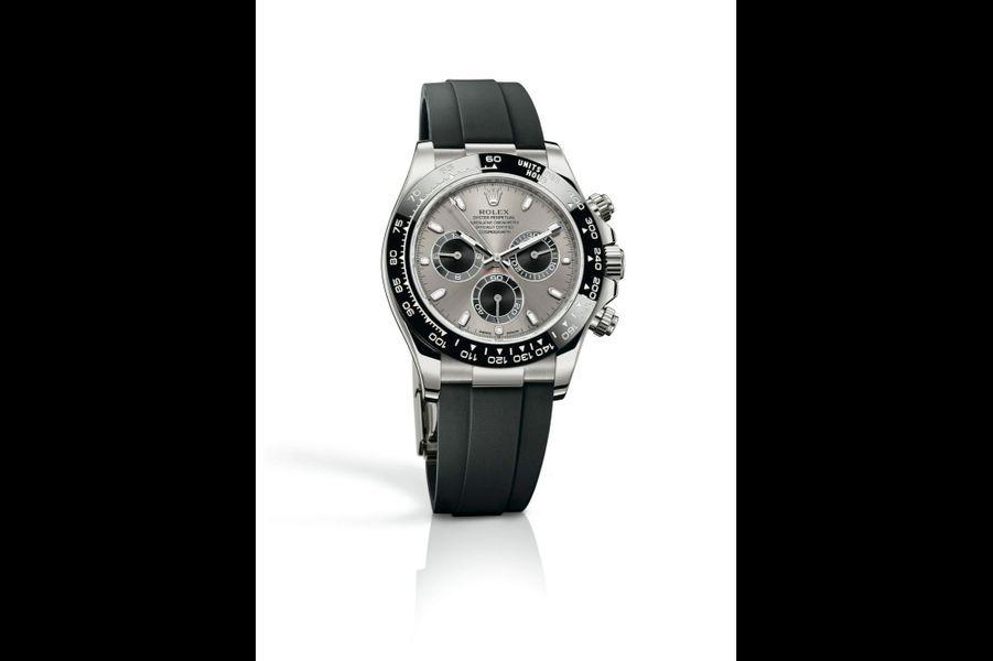 Cosmograph Daytona en or gris, 40 mm de diamètre, mouvement chronographe automatique, bracelet en caoutchouc. Rolex. 28 000 €.