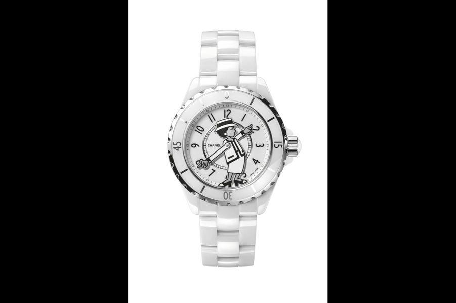 Mademoiselle J12 en céramique, 38 mm de diamètre, mouvement automatique, bracelet en céramique. Série limitée à 555 exemplaires. 6 900 €. Chanel Horlogerie.