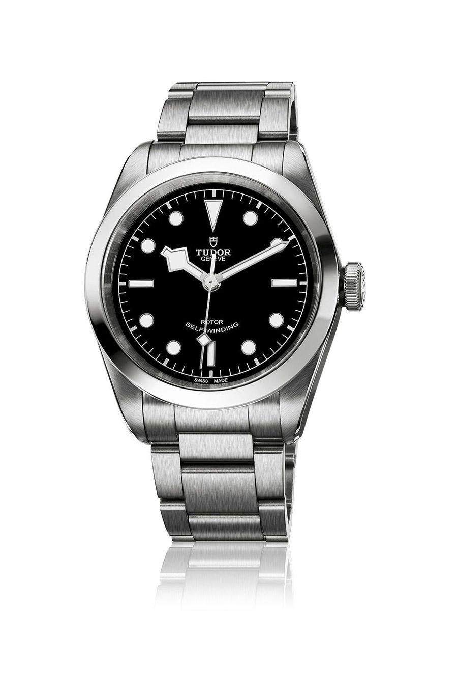 Heritage Black Bay en acier, 41 mm, mouvement automatique, bracelet en acier. Tudor. 2 770 €.