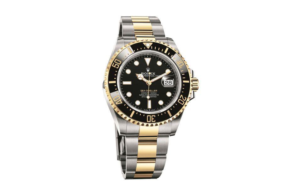 Sea-Dweller en or jaune et acier, lunette en céramique, 43 mm de diamètre, mouvement automatique, bracelet en or jaune et acier. 14 700 €.