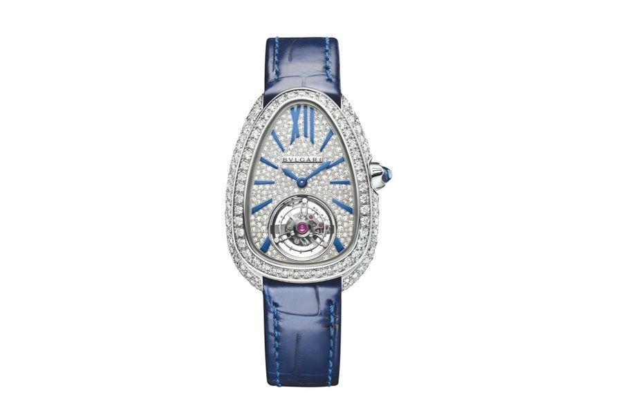 Serpenti Seduttori en or gris et diamants, 34 mm, cadran serti de diamants, mouvement à remontage manuel, bracelet en alligator. Bulgari. 90200 €.