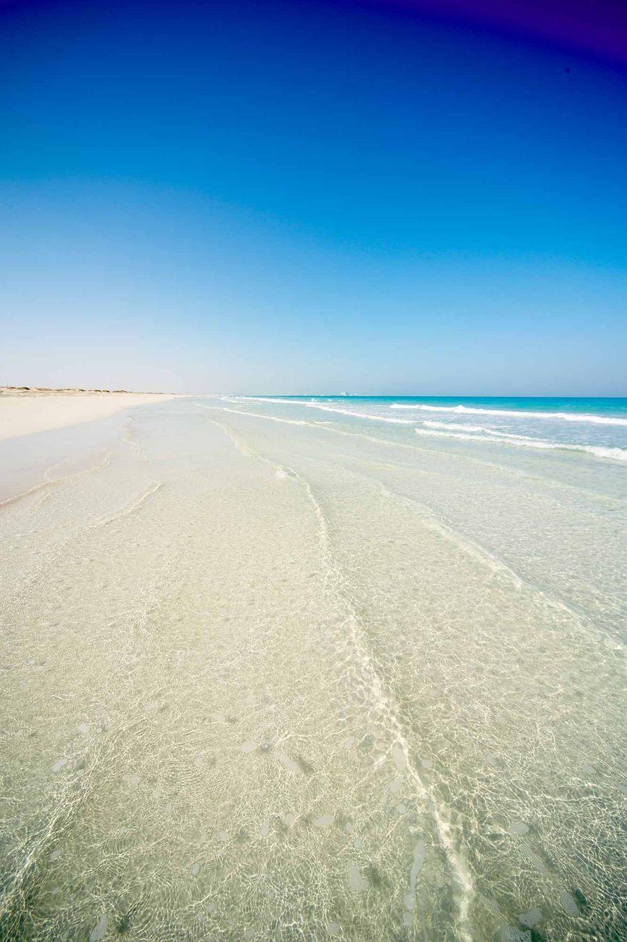 La plage deMirfa