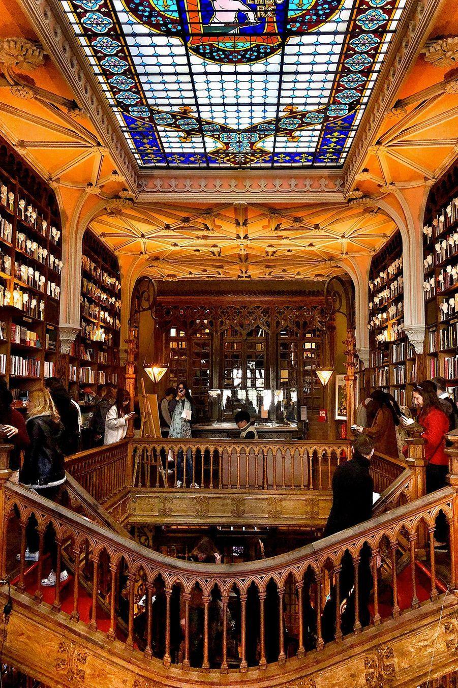 Emblème de la ville de Porto, La Livraria Lello.