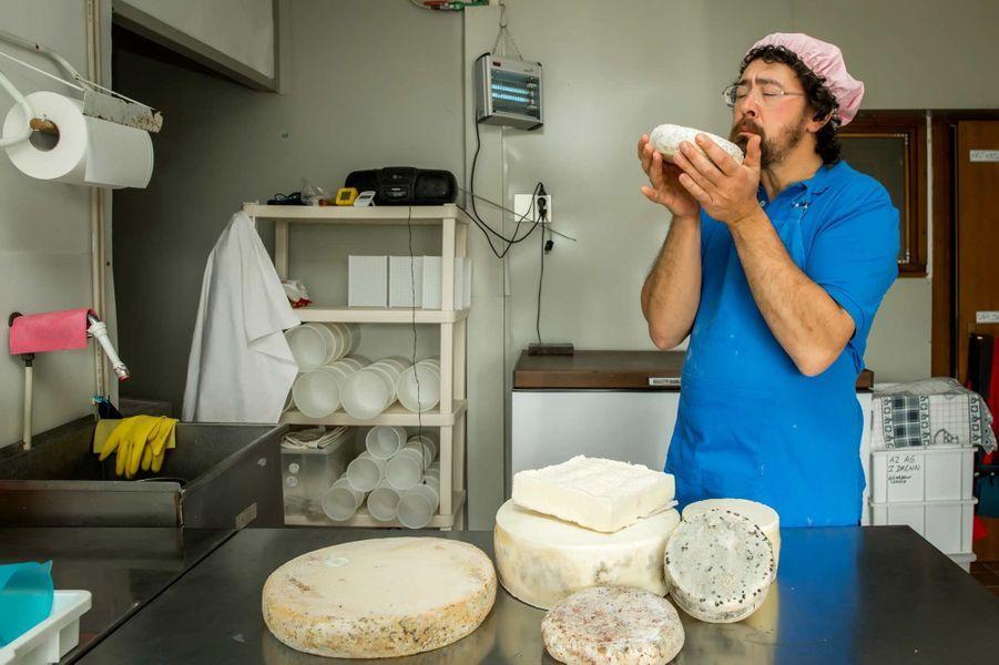Issaco, producteur de fromages. Ferme-trattoria, Bellagio.