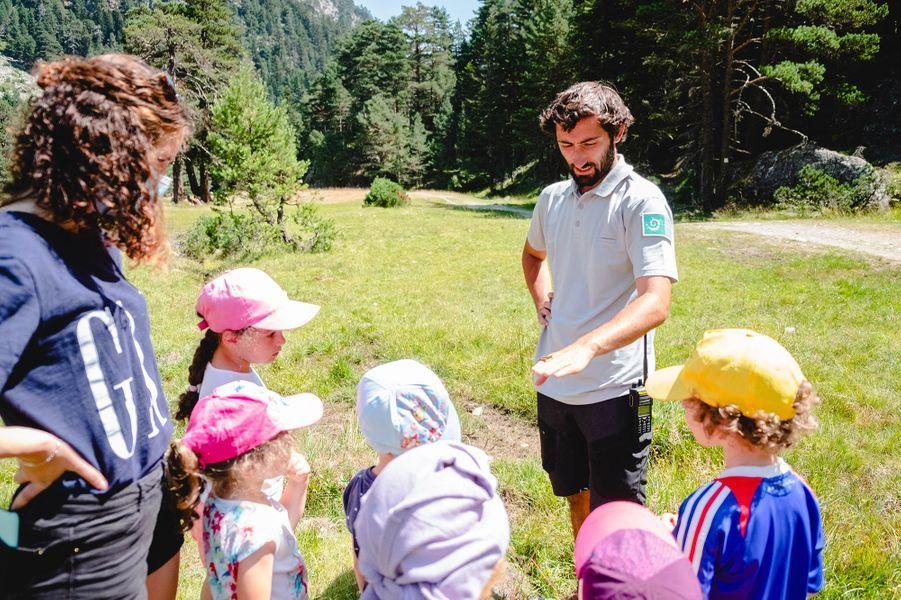Un guide du parc national des Pyrénées.