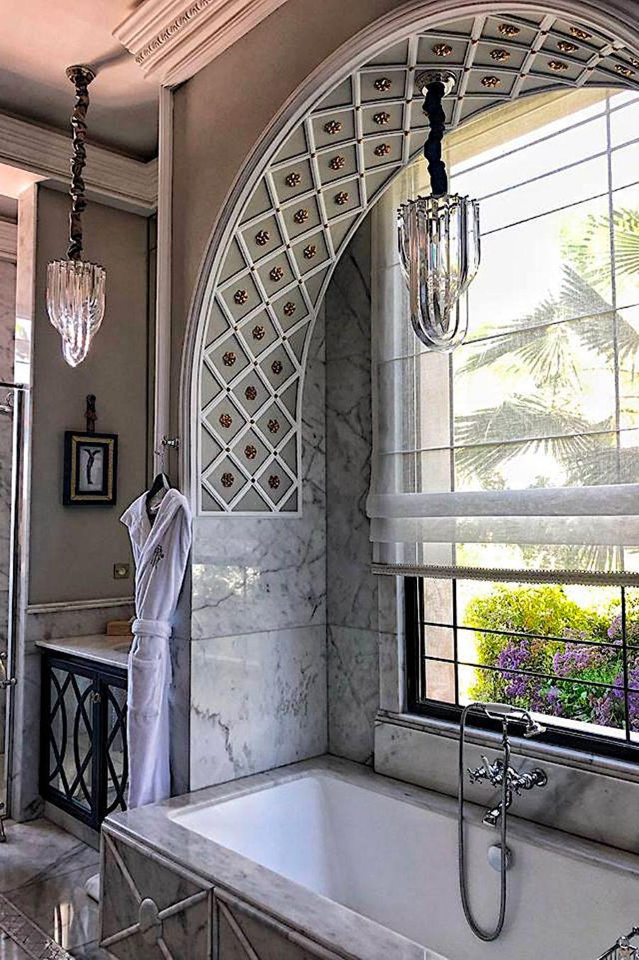 Salle de bain pavillon privé.