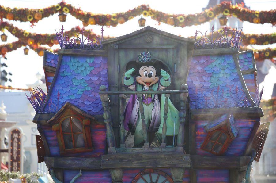 Disneyland Paris frissonne pour Halloween.