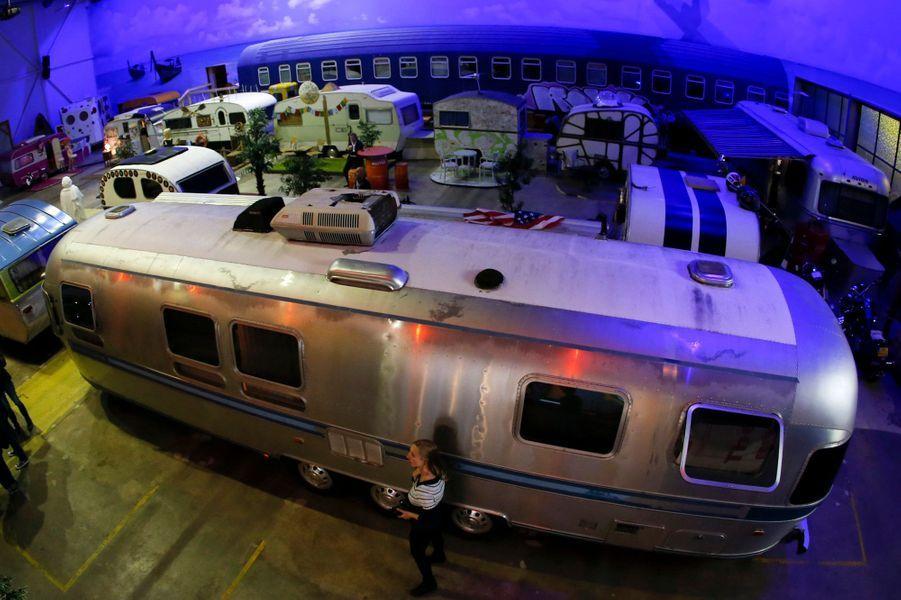 Un hôtel réunissant des caravanes et des mobil-homes comme dans un trailerpark américain vient de voir le jour à Bonn, en Allemagne.