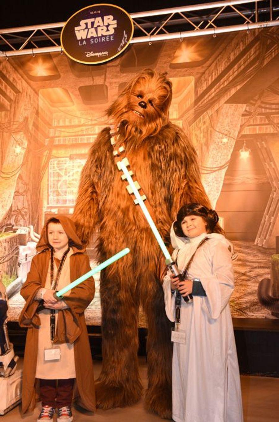 """""""Le réveil de la Force"""" a pris Disneyland Paris d'assaut"""
