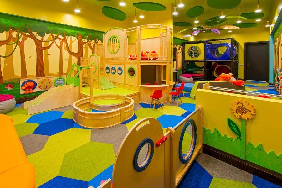 Dans les parties communes: une salle de jeux.