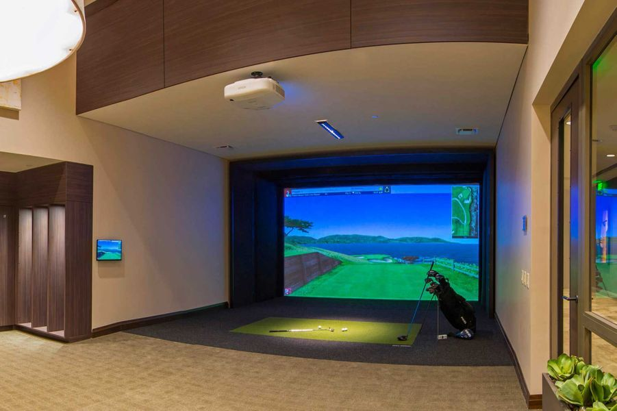 Dans les parties communes: un golf virtuel.