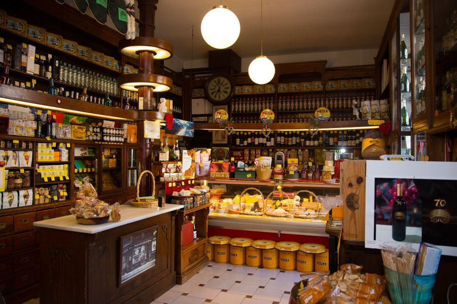 Intérieur d'une boutique gourmet