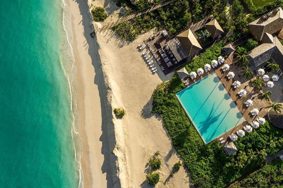 Vue du Beach Club et du restaurant Le Lotus del'hôtel Como Parrot Cay.