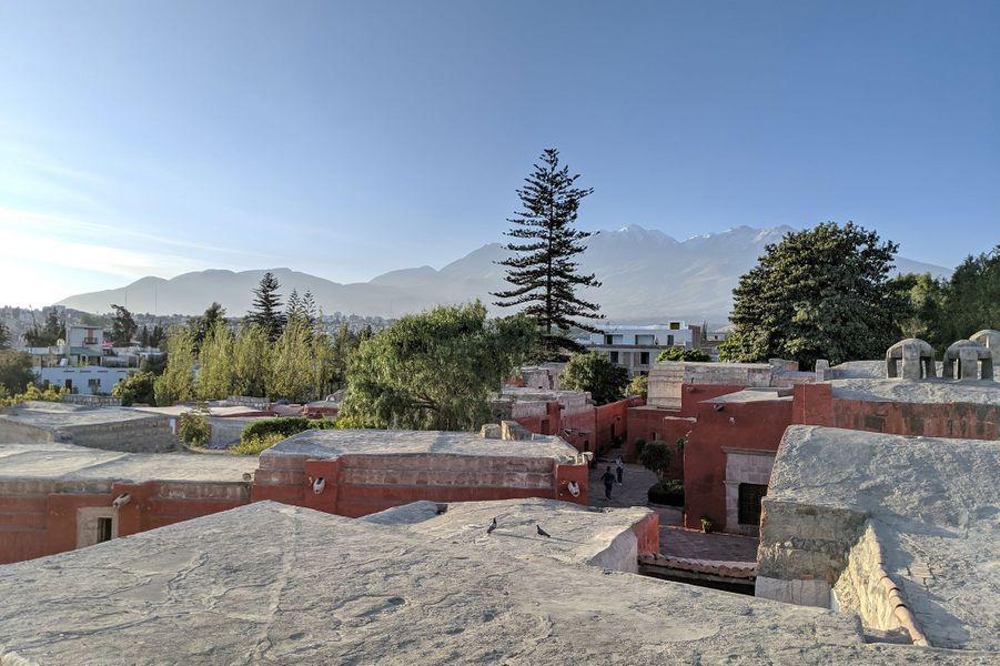Les toits du couvent Santa Catalina à Arequipa.