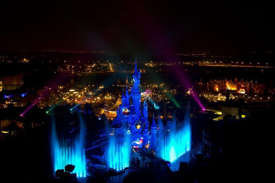 Du 5 mars au 29 mai 2016, le printemps s'installe à Disneyland Paris