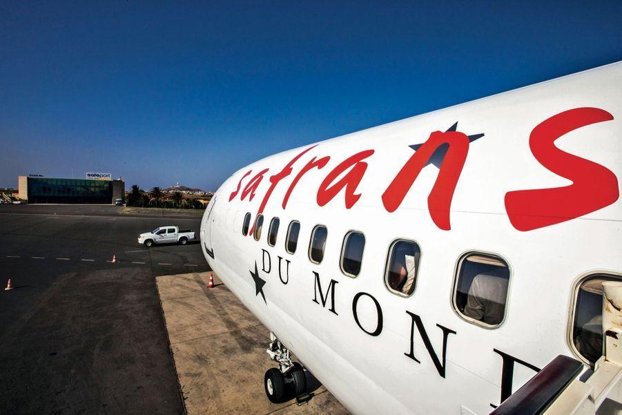 Où: L'édition 2019 de la croisière aérienne tour du monde en avion privé aura lieu du 26 octobre au 16 novembre. De Rio à Pétra en passant par le Machu Picchu, l'île de Pâques, la Polynésie, Cairns, Hanoï et la baie d'Along, la Birmanie, le Taj Mahal… Trois possibilités de voyager (prix par personne) Espace Safrans classique : 24 500 €. Club Safrans classe affaires : 34 500 €. L'option Première Safrans, limitée à 20 participants, avec accompagnateur attitré et programme de visites enrichi : 53 000 €. Informations et réservations safransdumonde.com ou par téléphone 01 48 78 71 51.