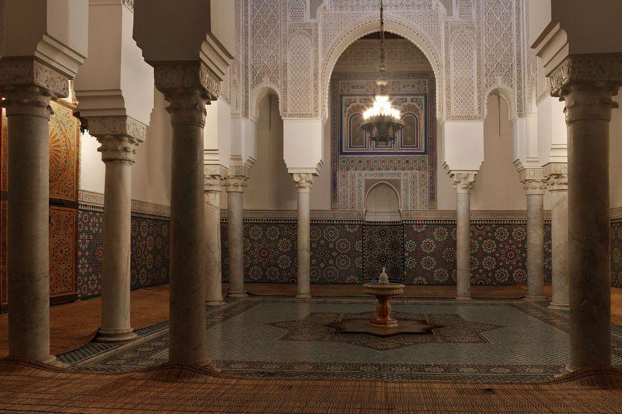 10ème : Meknès, Maroc.Alors que le Maroc voit la grande majorité de son tourisme centré sur Marrakech, une autre ville vaut pourtant le détour. Située au nord du pays, la cité impériale sous-estimée Meknès impressionne notamment par ses fortifications, son palais ainsi que sa magnifique porte de Bab Mansour, « qui surpasse même la porte bleue de Fès », selon le guide touristique.