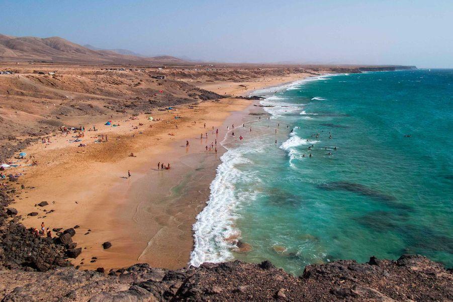 9. El Cotillo beach & lagoons (El Cotillo)