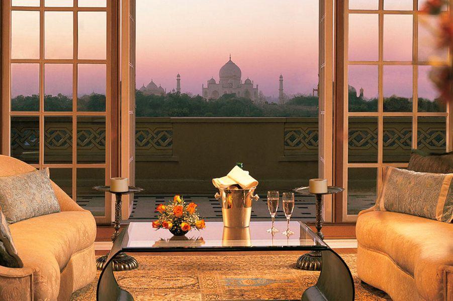 L'Oberoi Amarvilas Agraest à seulement 600 mètres du Taj Mahal.