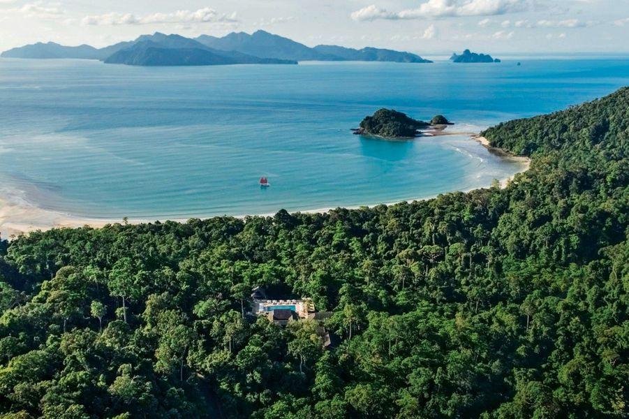 La plage de Langkawi est au palmarès de tous les guides.