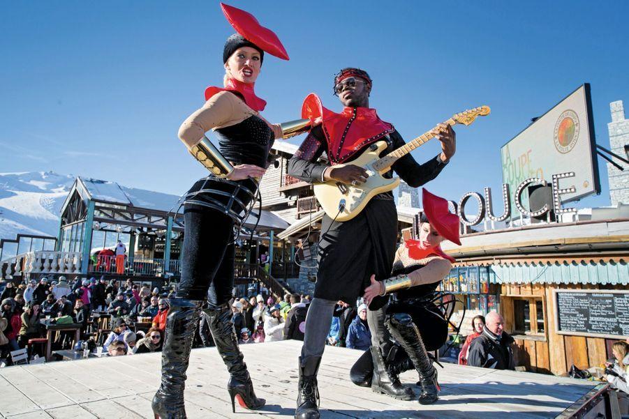 Plus Louboutin que Moon-Boot : l'un des numéros de cabaret de La Folie douce de Val-d'Isère.