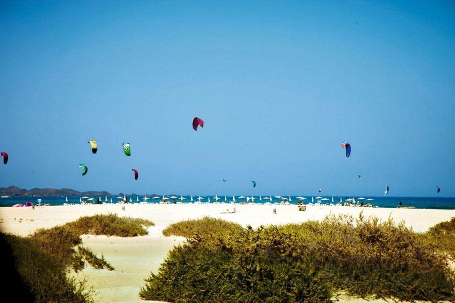 El Caseron, la plage des kite-surfeurs de Corralejo.
