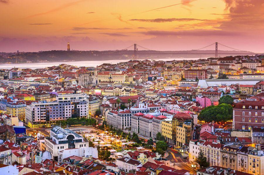 Vue large de Lisbonne.