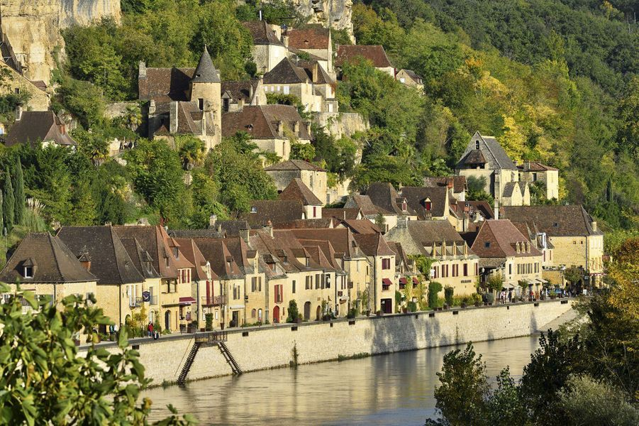 12. La Dordogne, France