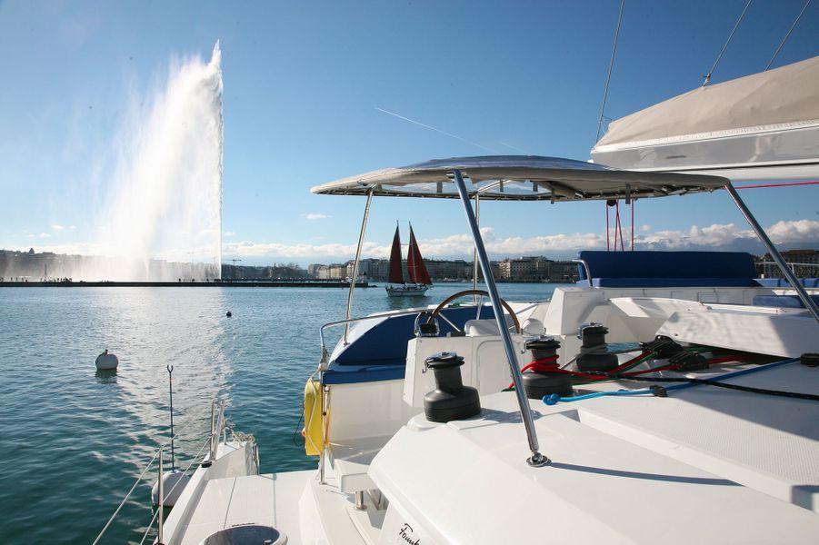 Le Floatinn Boat BnB, à Genève (Suisse).