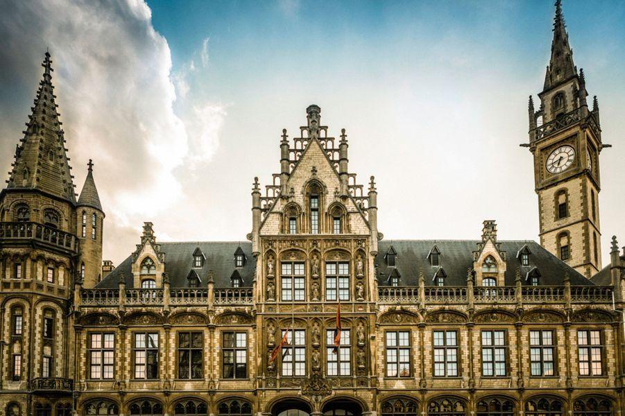 Le 1898 The Post, Gand, Belgique.