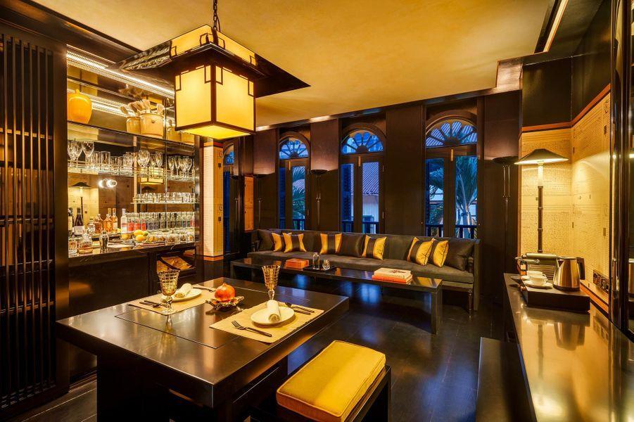 Le salon de la Montgomerie Suite, au Six Senses Duxton.