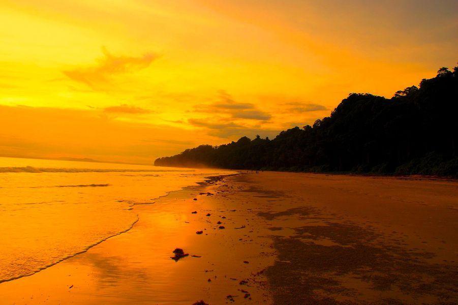 8. Radhanagar Beach, Havelock Island (Inde)