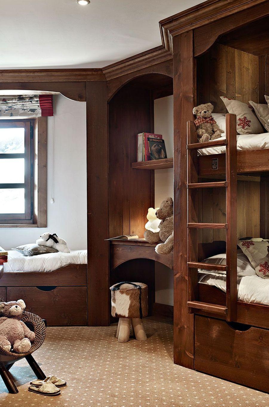 La suite de l'ourson et sa chambre enfants.