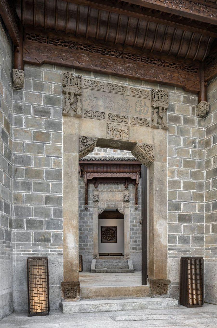 L'entrée de la plus vaste villa et la plus chère: jusqu'à 12 000 euros la nuit
