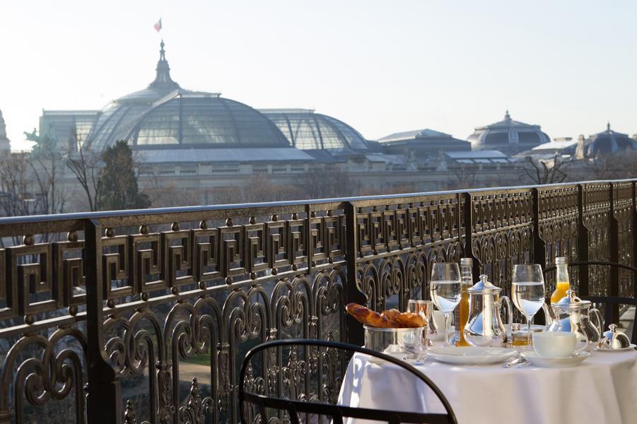Vue sur les verrières du Grand Palais.