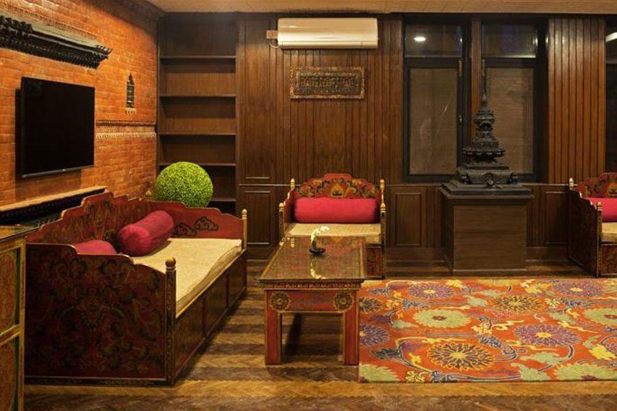 Dans le chapitre 5 du volet 2, Among Thieves, Drake et Chloé se retrouvent dans des rues népalaises en ruines. Ce décor a été inspiré de la belle capitale du Népal, Katmandou. On ne saurait donc que grandement vous recommander d'y faire un tour, avec quelques nuits au Dalai-La Boutique Hotel, un hébergement aux couleurs locales.