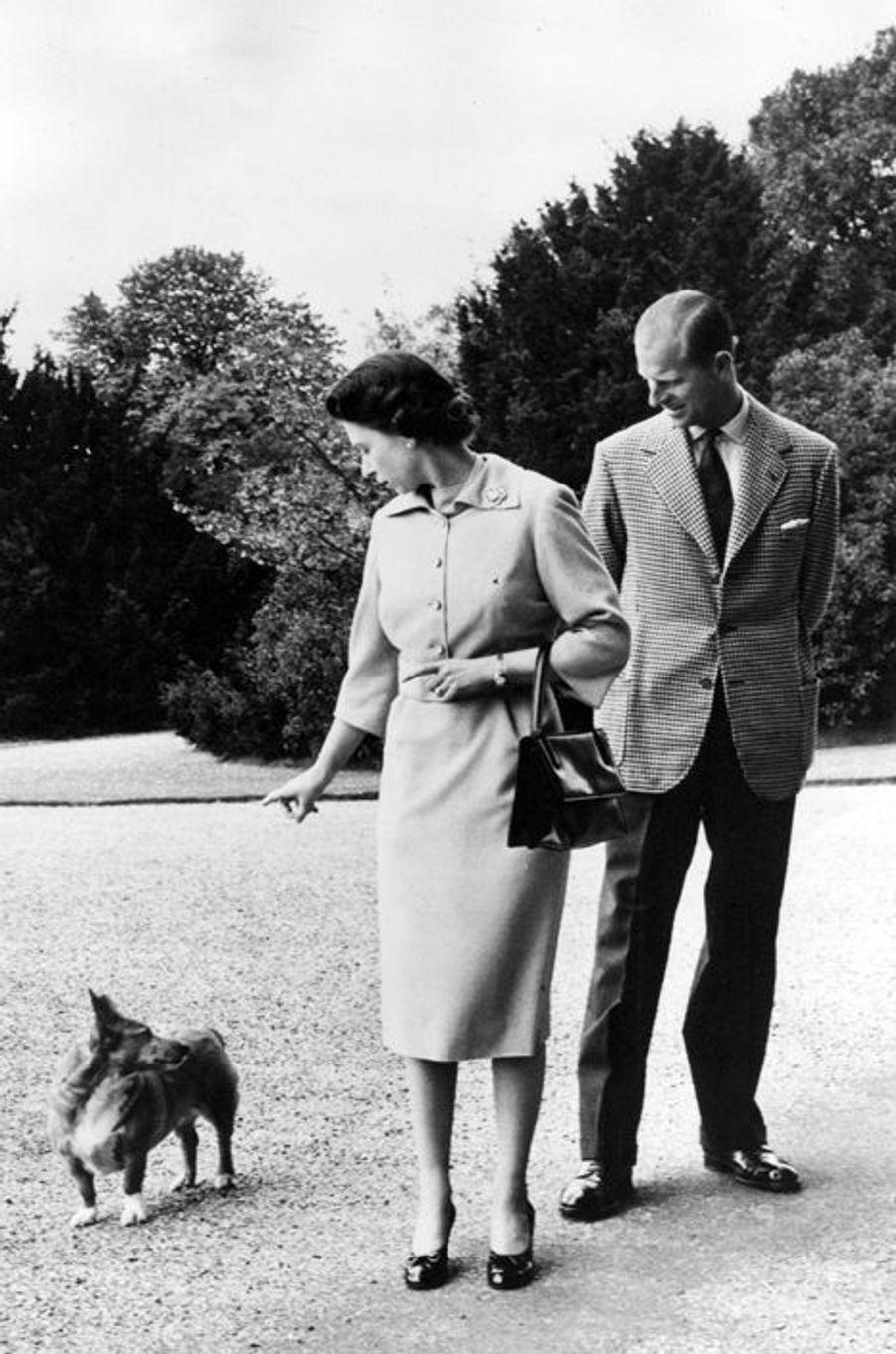 Elizabeth avec Philip Mountbatten (sans date)