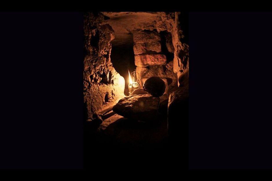 Guillaume luu voyage au coeur de paris les catacombes