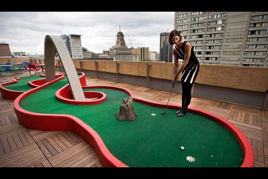 Mini-golf sur le toit