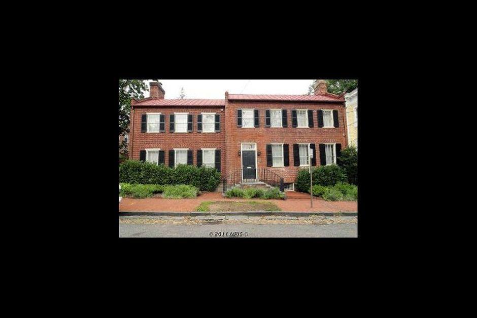 La maison de dsk washington est en vente for A la maison international