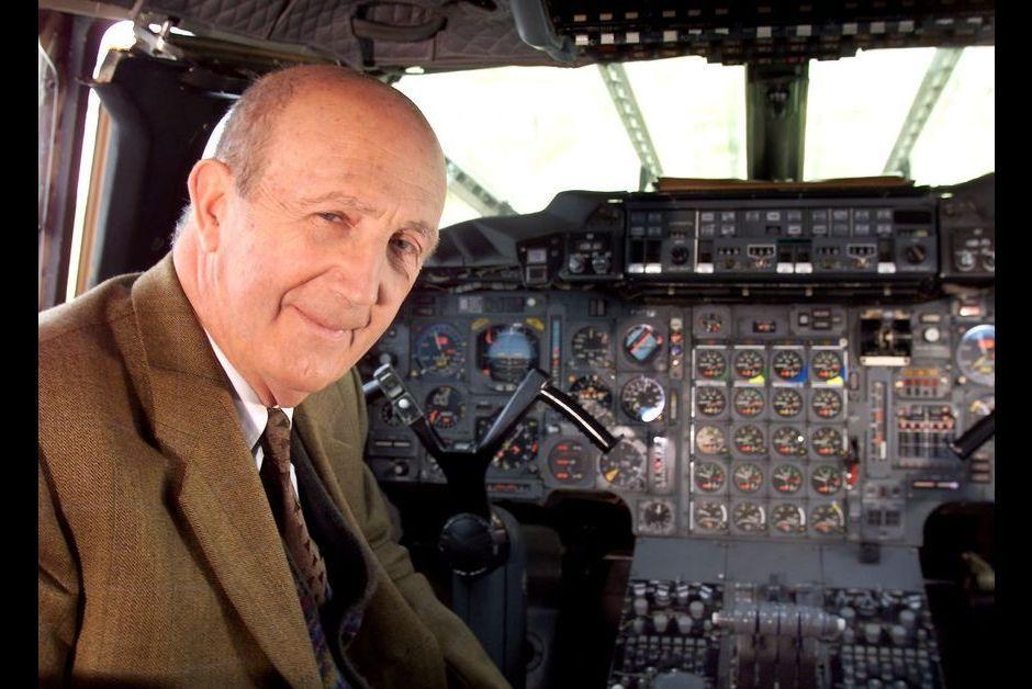 il tait le premier pilote du concorde andr turcat s 39 teint 94 ans. Black Bedroom Furniture Sets. Home Design Ideas