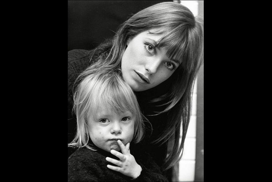 Jane birkin et ses filles kate barry l 39 album de la for Dans vos airs charlotte gainsbourg