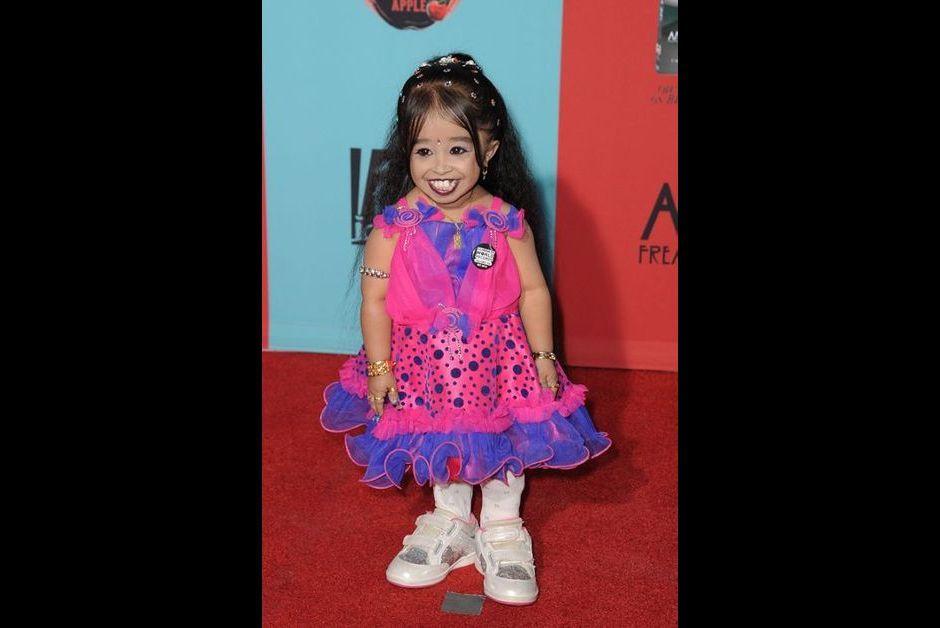 """Jyoti Amge à la première de """"American Horror Story: Freak Show"""", le 6 octobre 2014"""