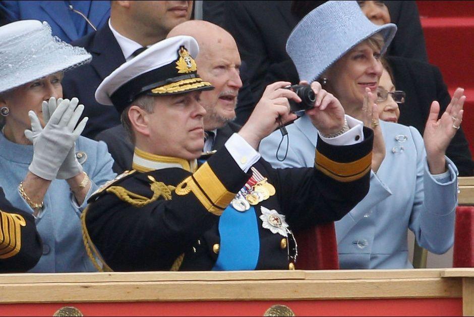 Le-prince-Andrew-a-une-parade-militaire-en-2012.jpg