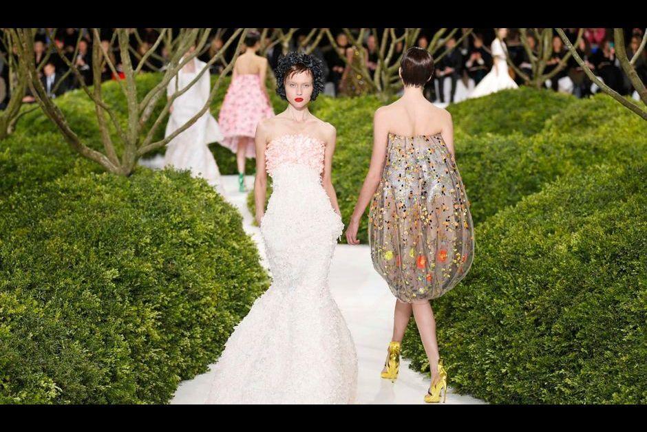 Dior le jardin en fleurs de raf simons for Le jardin des fleurs paris