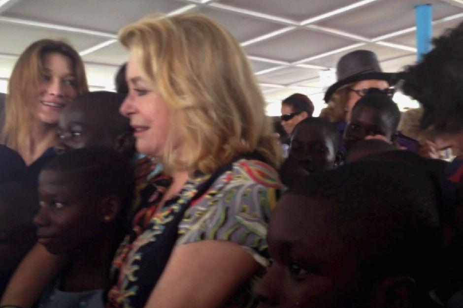 carla bruni catherine deneuve et les enfants d�afrique