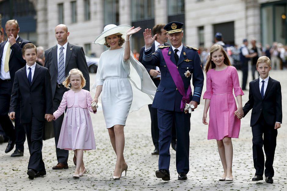 mathilde philippe et leurs enfants la famille royale f te les belges et leur nation. Black Bedroom Furniture Sets. Home Design Ideas